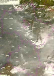 Спутниковый снимок дыма и пожаров 13